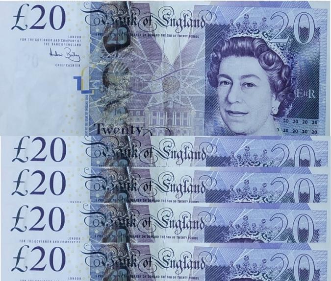 Tots els adults nord-irlandesos rebran un val de £100