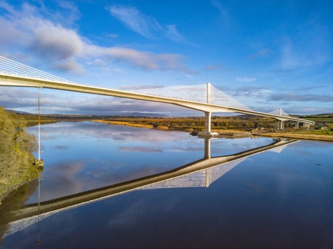 Entra en servei el pont més llarg d'Irlanda: 887 metres