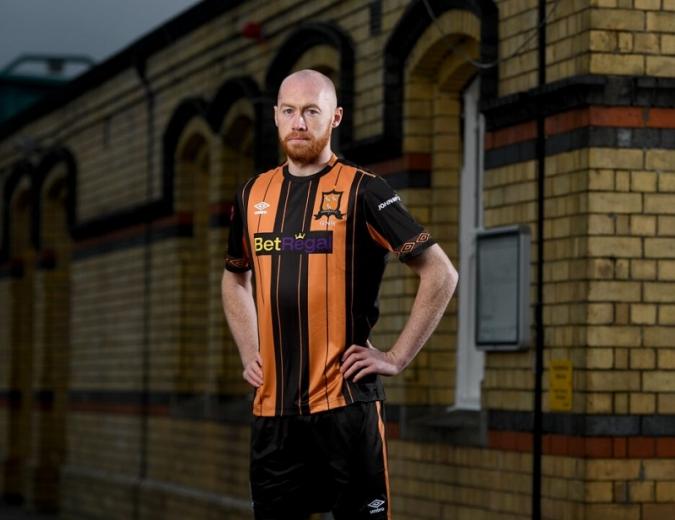 L'històric capità Chris Shields s'acomiada del Dundalk FC
