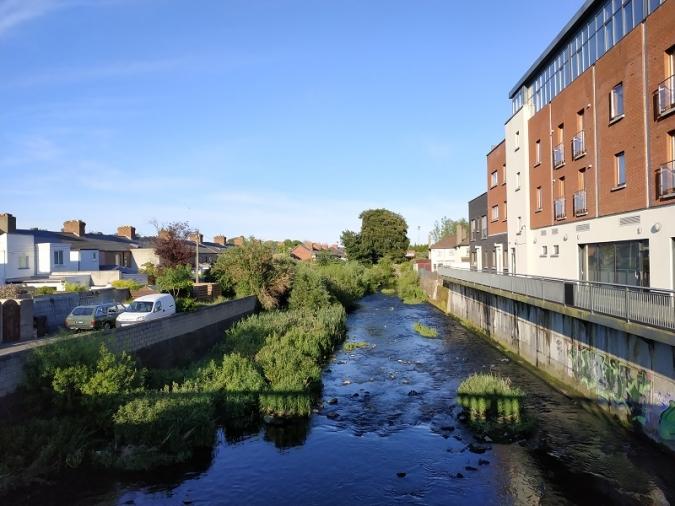 Mala qualitat de l'aigua a rius, platges i llacs d'Irlanda