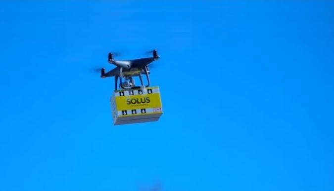 Primer enviament via dron d'Irlanda: unes bombetes